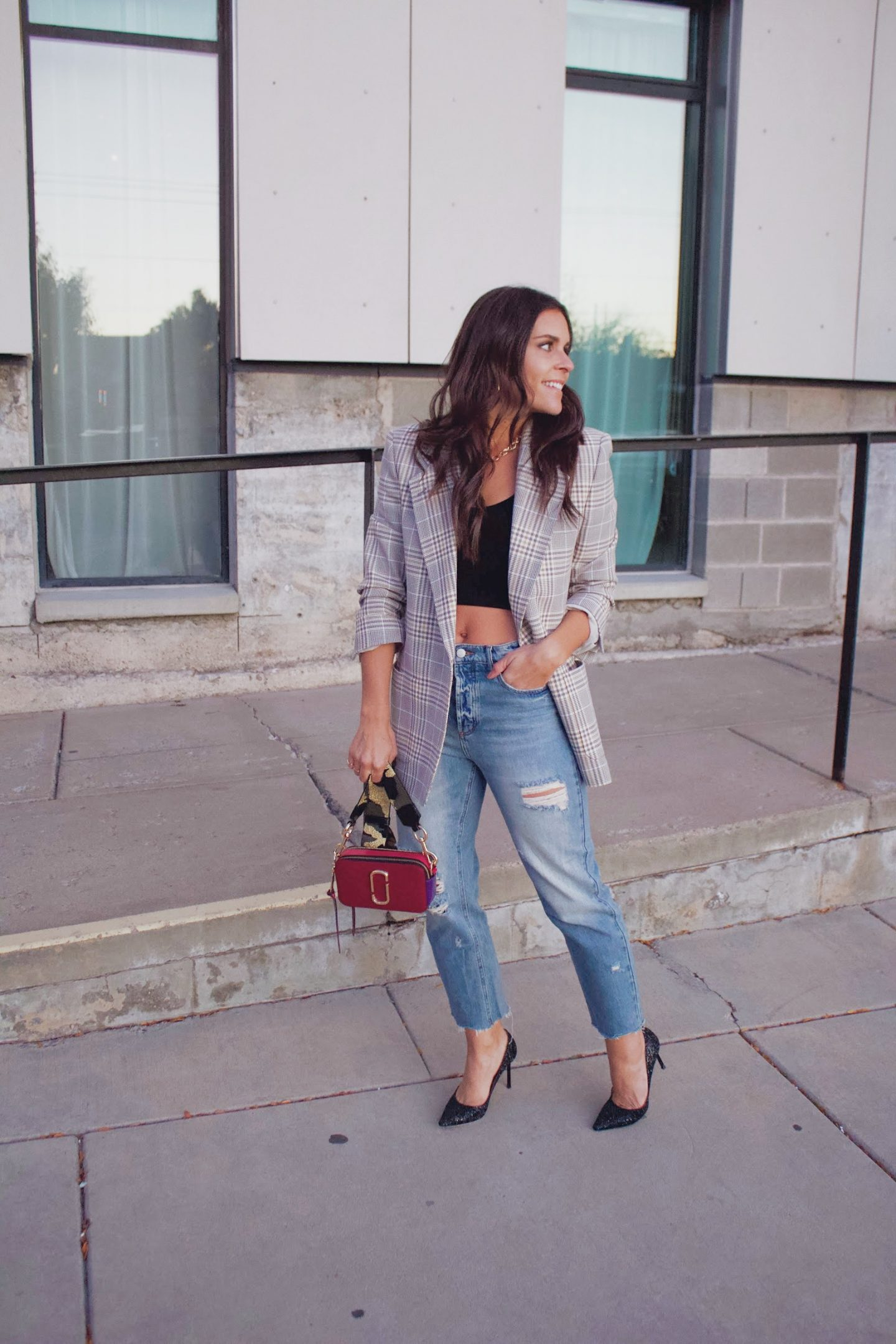straight-leg cropped jeans