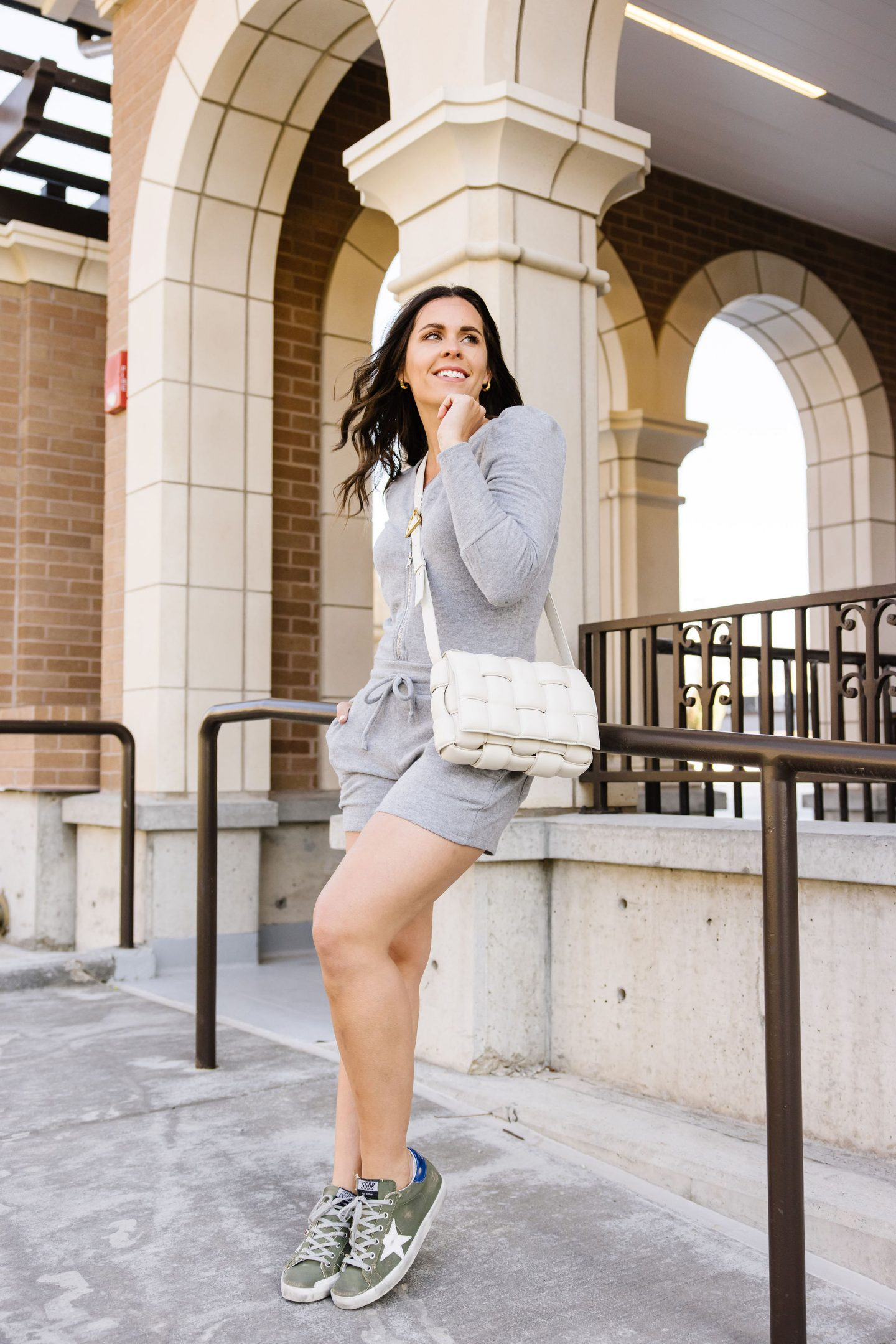 nursing-friendly outfits